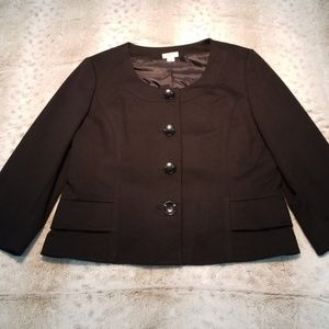 Yvos Heavy Weight 4 Button 3/4 Sleeve Caped Blazer